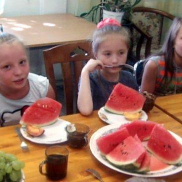 С Днем рождения, «Яблонька»! — Детскому центру «Яблонька» в Калининграде исполнилось 18 лет