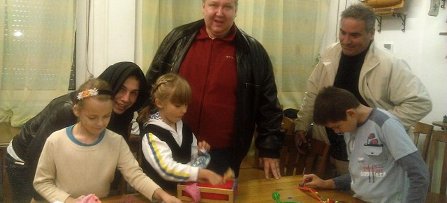 Алексей — большой и добрый друг детей в «Яблоньке», Калининград