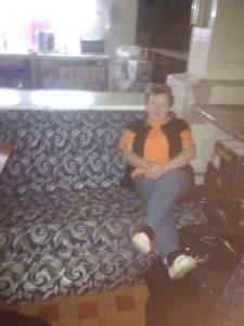 диван погорельцы